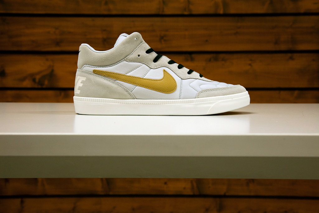 "Image of Nike NSW 2014 ""Gold Trophy"" Pack"