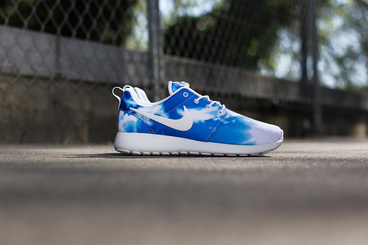 """Image of Nike Roshe Run """"Santa Monica"""" Pack"""