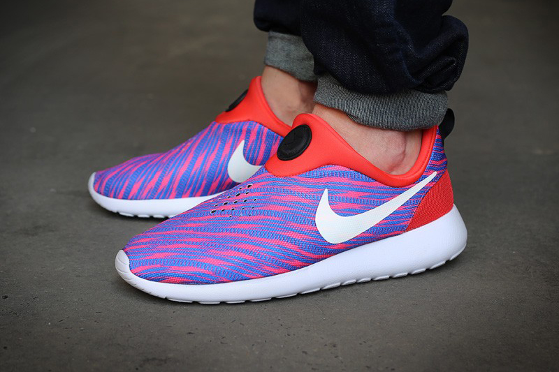 Image of Nike Roshe Run Slip On GPX Red/Blue