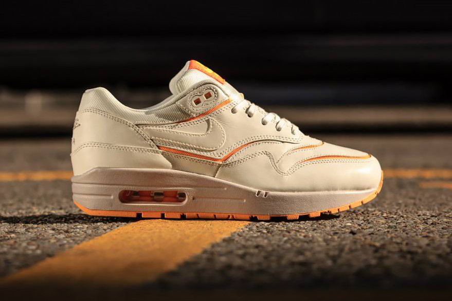 Image of Nike WMNS Air Max 1 Cut Out Premium