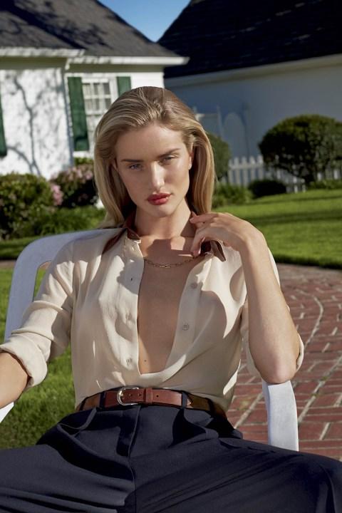 Image of Rosie Huntington-Whiteley for V Magazine Issue 89