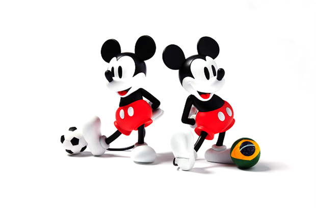 Image of SOPHNET. x Medicom Toy VCD Mickey Mouse