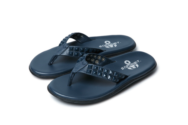 Image of SOPHNET. x Island Slipper Stud Sandals
