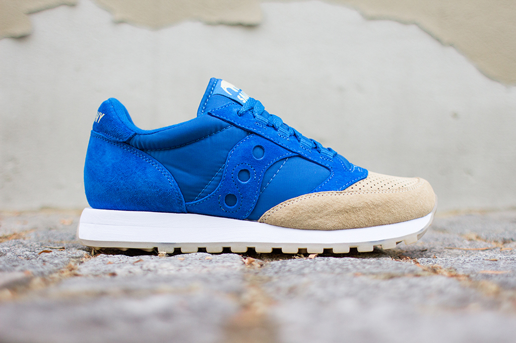"Image of A Closer Look at the Anteater x Saucony Jazz Original ""Sea & Sand"""