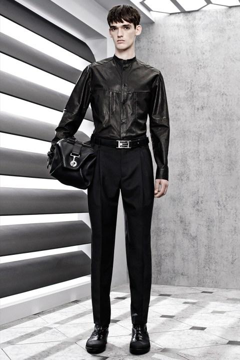 Image of Balenciaga 2015 Spring/Summer Collection