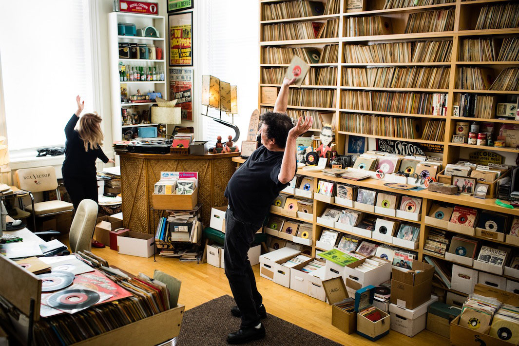 Image of Eilon Paz Photographs Some of the World's Largest Vinyl Collections