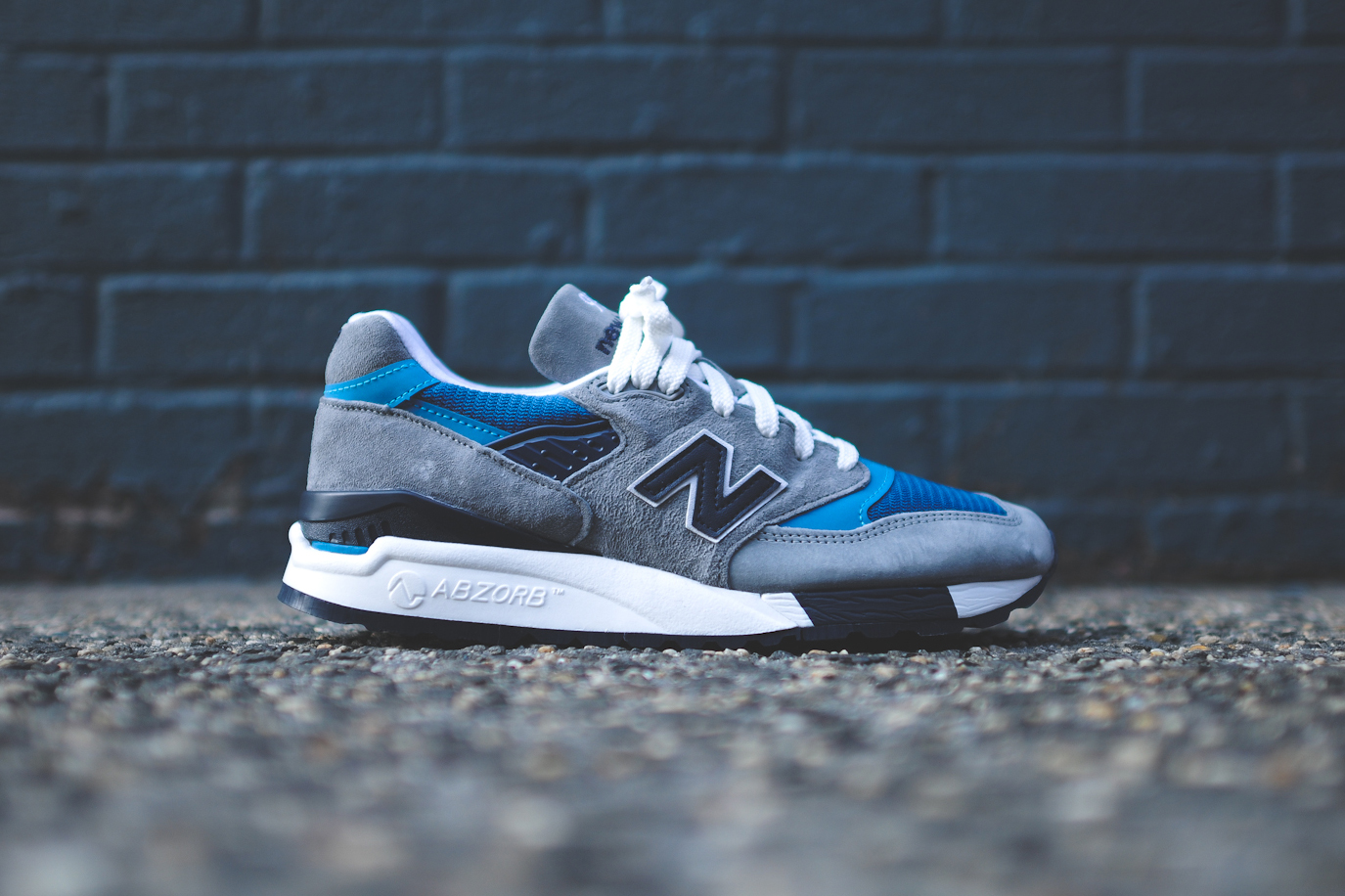 "Image of A Closer Look at the New Balance M998 ""Authors Collection - Moby Dick"""