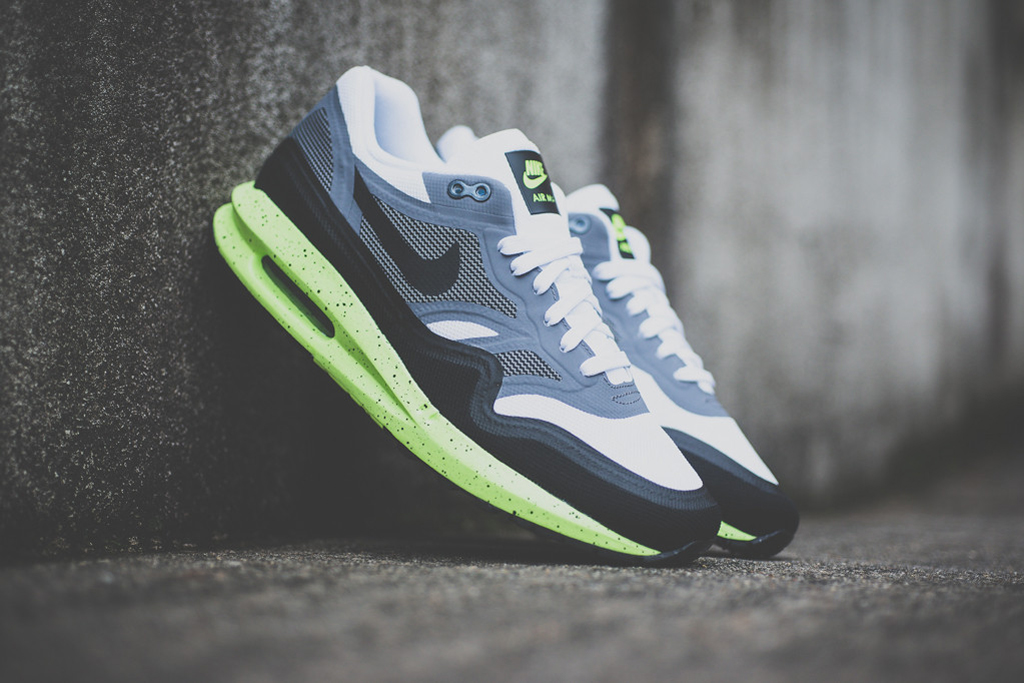 Image of Nike Air Max Lunar1 Black/Grey/Volt