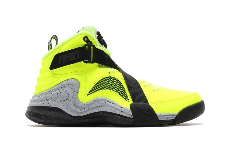 "Image of Nike Lunar Raid ""Volt"""