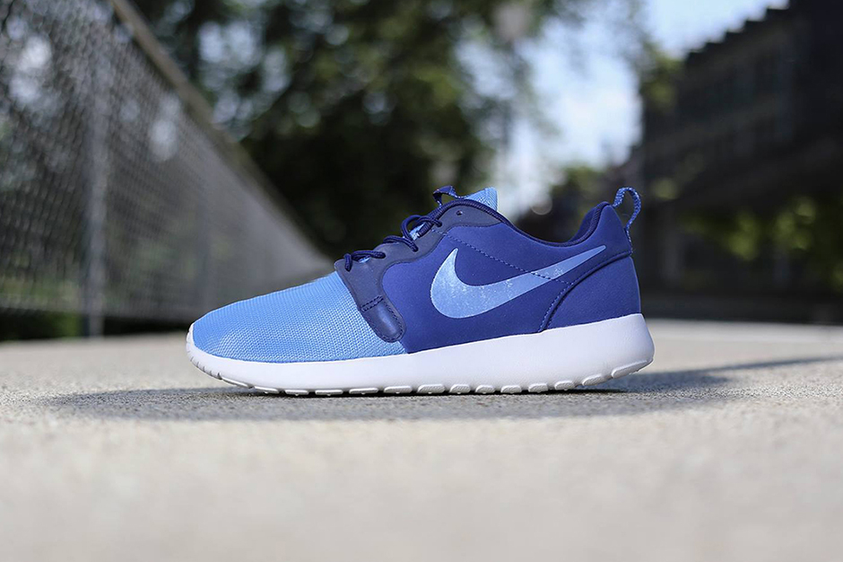 "Image of Nike Roshe Run Hyperfuse ""Game Royal"""
