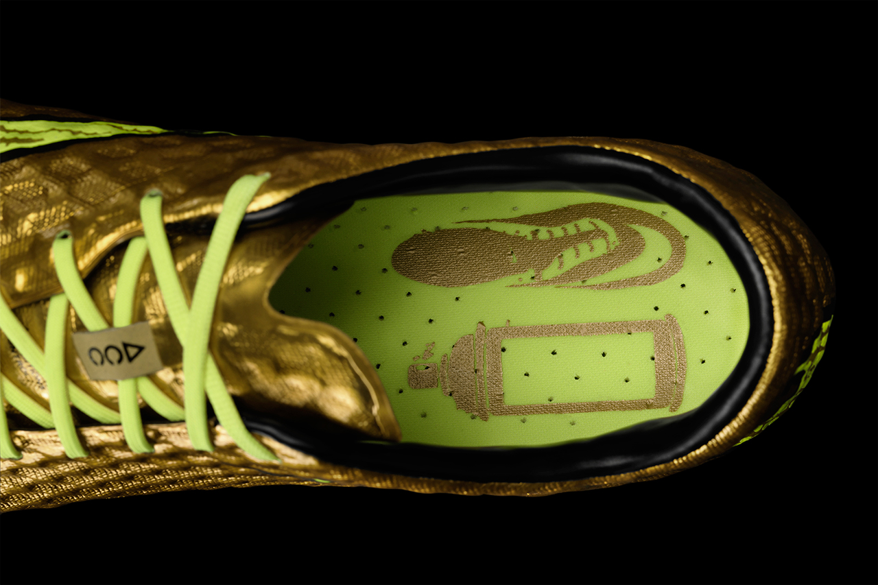 Image of Nike Unveils the Hypervenom Phantom Gold Special Edition for Neymar
