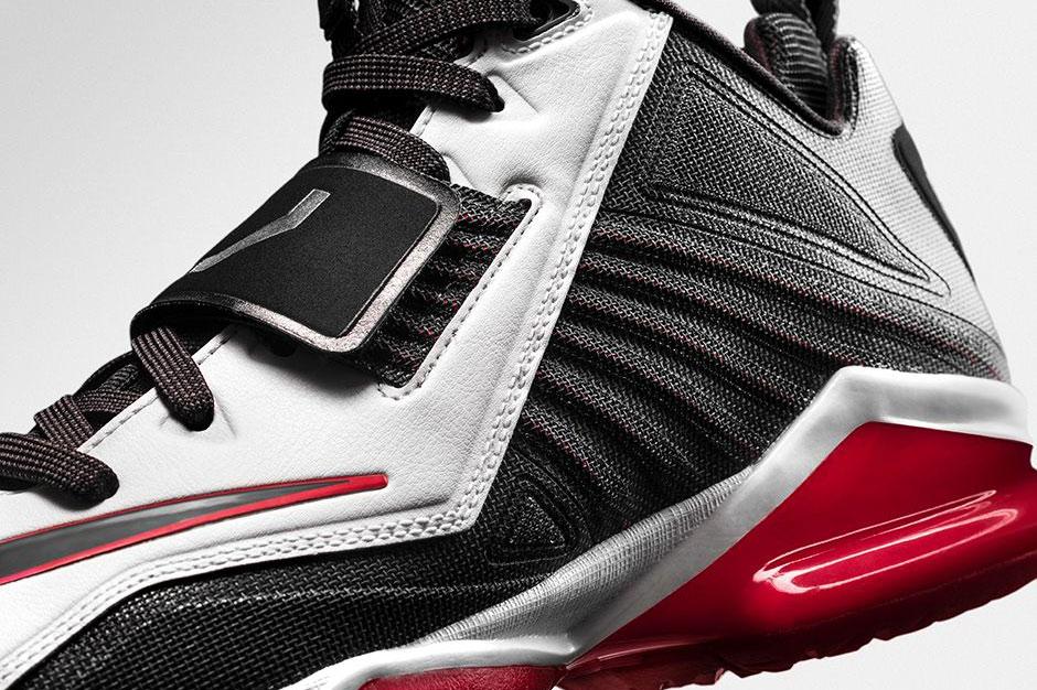"Image of Nike Zoom CJ Trainer 2 ""Visor"""