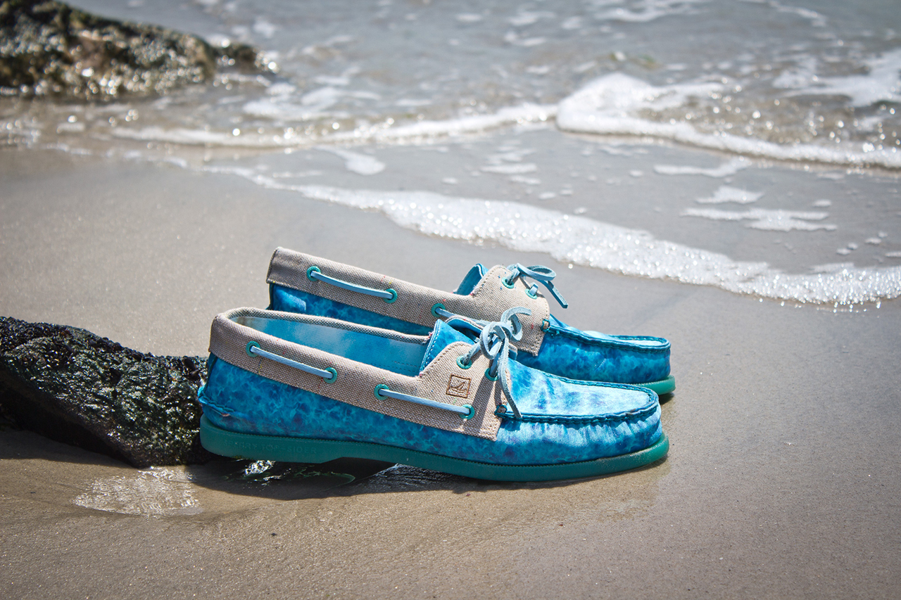 "Image of Extra Butter x Sperry Top-Sider ""Beach Getaway"" Pack"