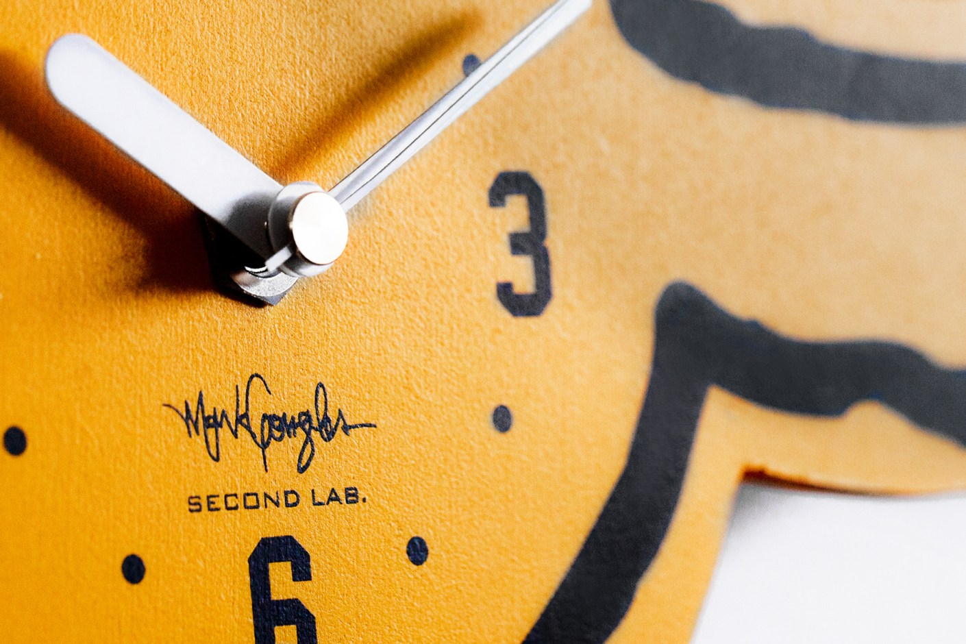 "Image of Mark Gonzales x SECOND LAB ""Gonz"" Clocks"