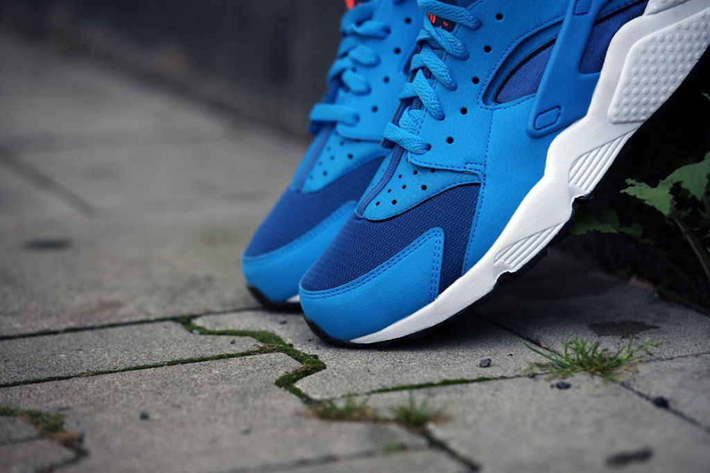 "Image of Nike Air Huarache ""Gym Blue"""