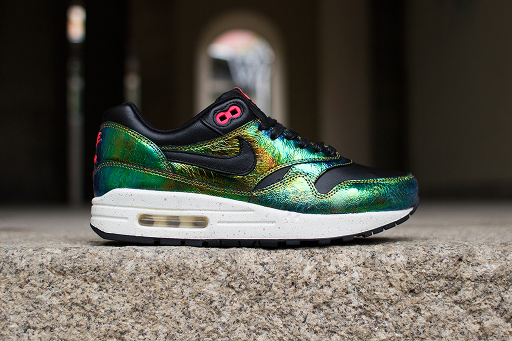 "Image of Nike Air Max 1 SUP QS ""Trophy"""