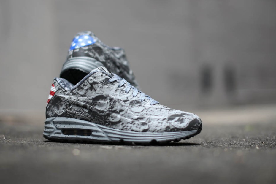 "Image of Nike Air Max Lunar90 SP ""Apollo 11"""