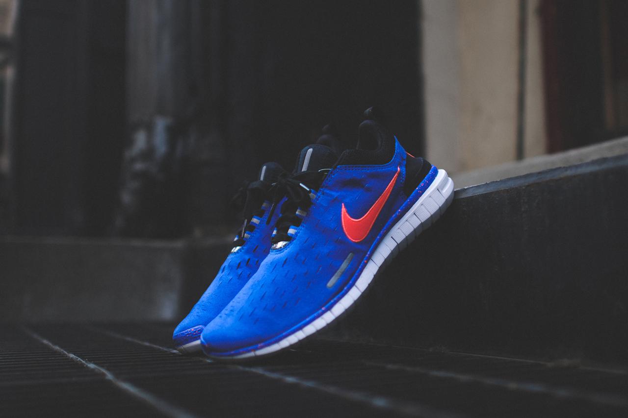 Image of Nike Free OG 2014 Hyper Crimson & Hyper Cobalt