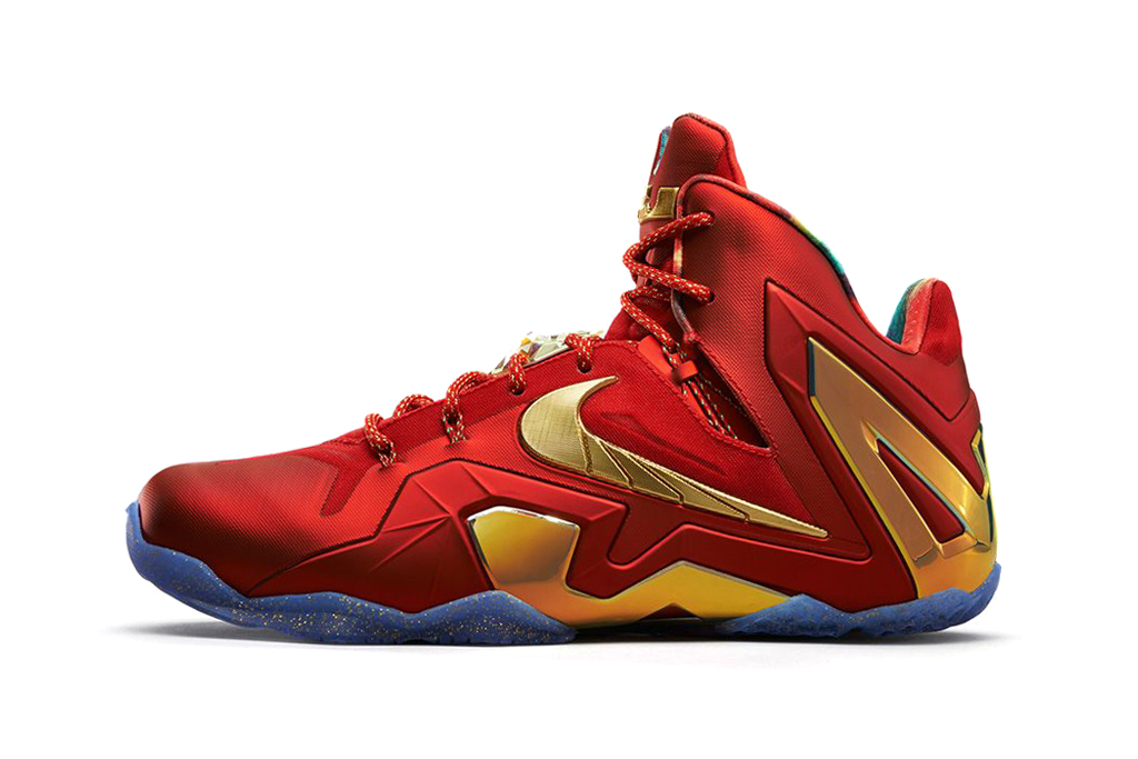 Image of Nike LeBron 11 Elite SE University Red/Metallic Gold