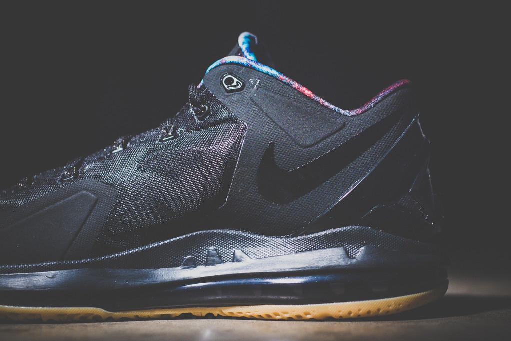 Image of Nike LeBron 11 Max Low Black/Gum
