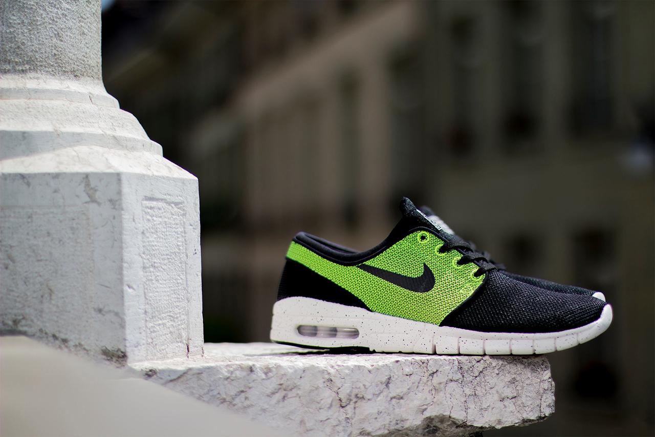Image of Nike SB Stefan Janoski Max Black/Black-Volt-Ivory