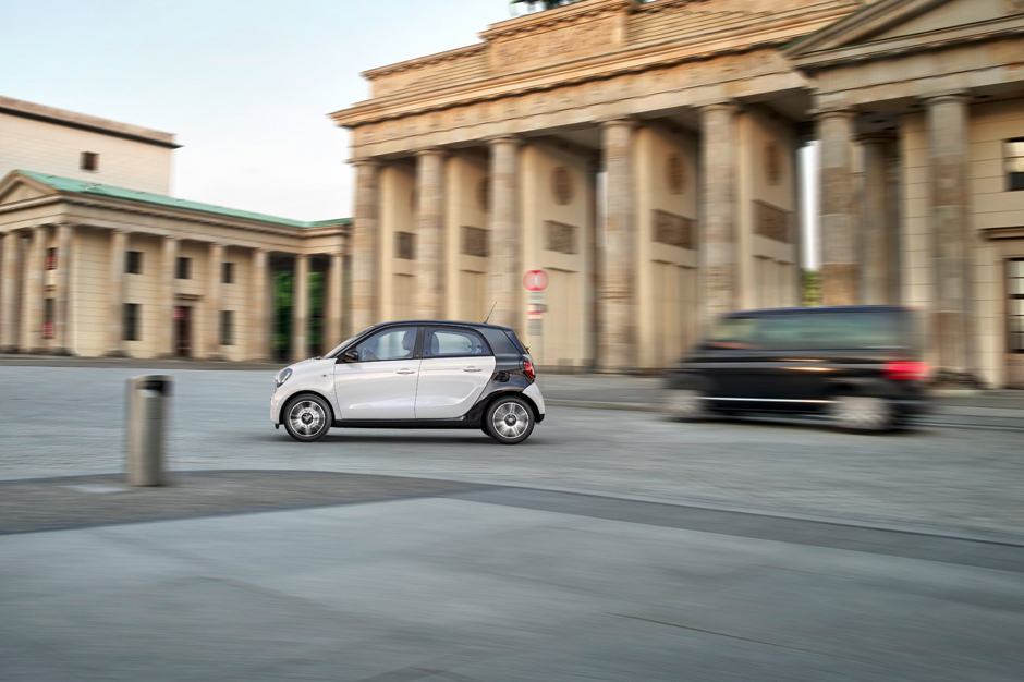 Image of Smart Unveils the New Fortwo and Forfour