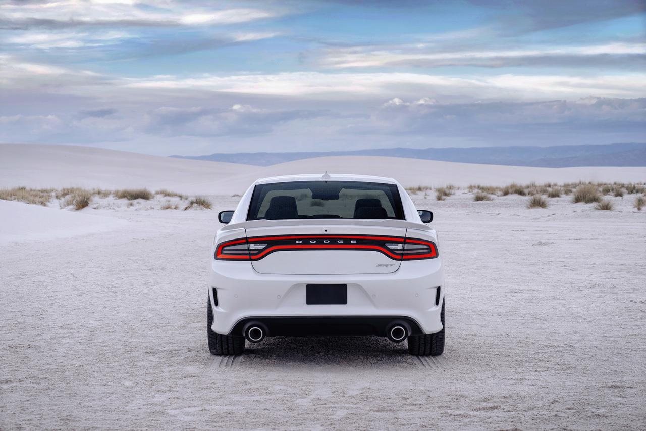 Image of 2015 Dodge Charger SRT Hellcat