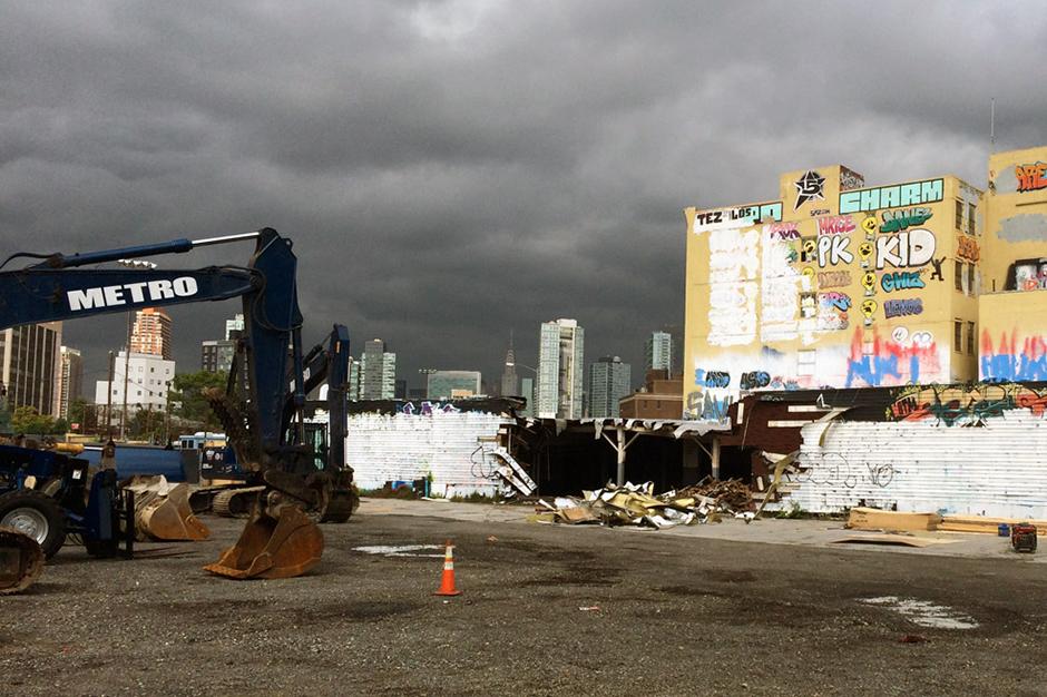 Image of Demolition Has Started on New York's Iconic Graffiti Mecca 5Pointz
