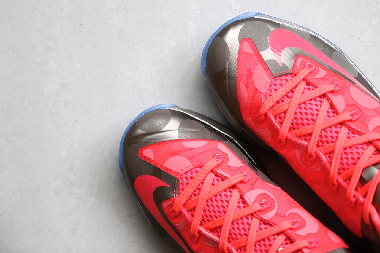 Image of A Closer Look at the Nike LeBron 11 Low Metallic Zinc/Hyper Punch-Ice