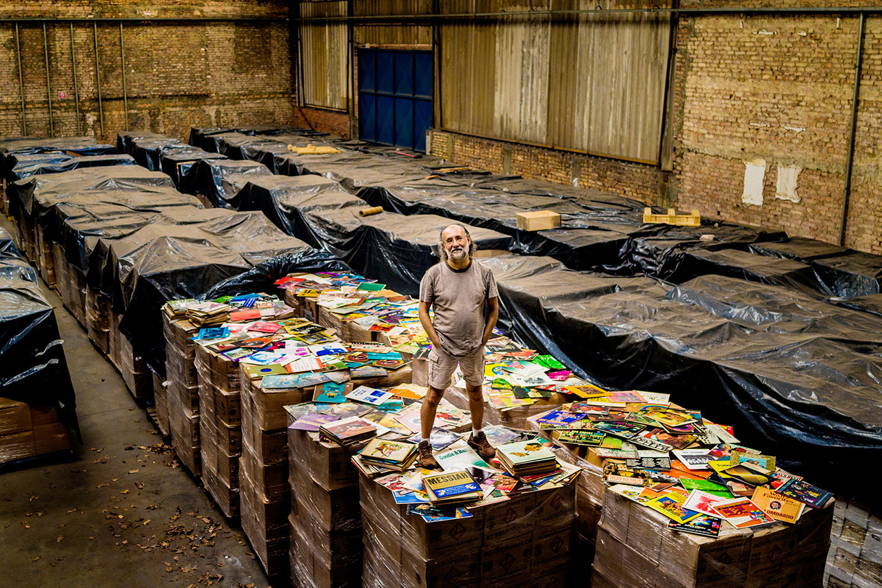 Image of Check Out the World's Largest Record Collection