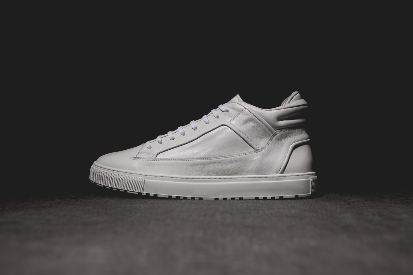 Image of ETQ Amsterdam Mid Top 2 White Marbled Leather Sneaker