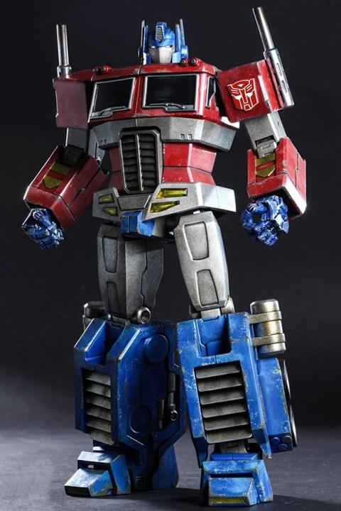 Image of Hot Toys Optimus Prime Starscream Version