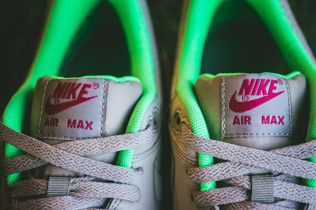 Image of Nike Air Max 1 Essential Bamboo/Fuchsia
