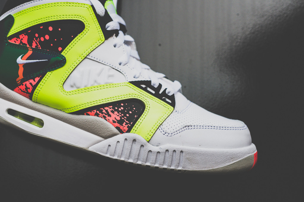 Image of Nike Air Tech Challenge Hybrid White/Volt-Hot Lava