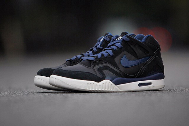 Image of Nike Air Tech Challenge II Black/Obsidian
