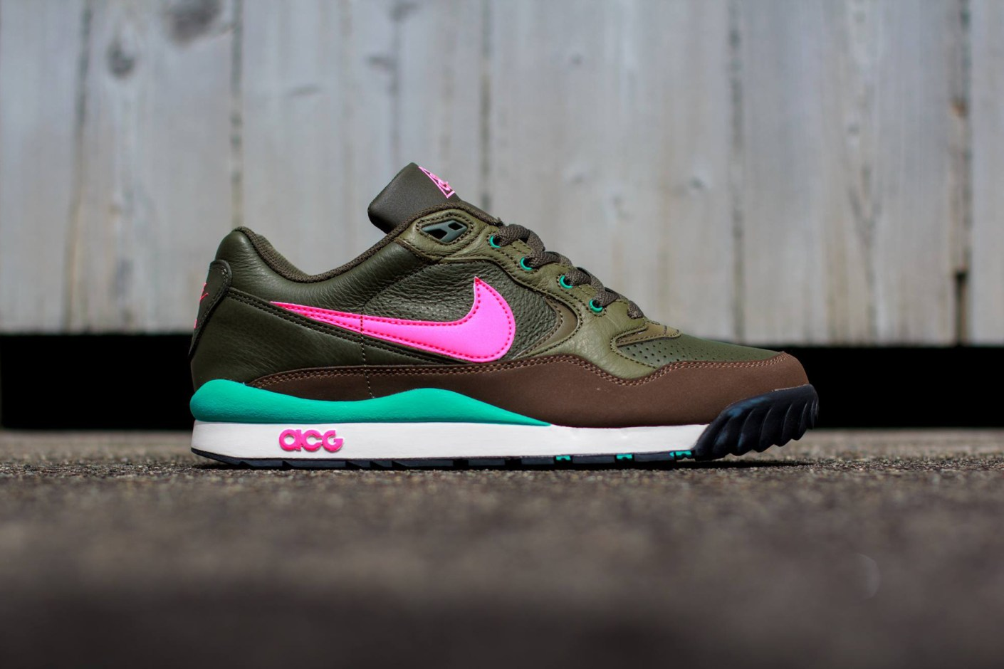 Image of Nike Air Wildwood LE Khaki/Pink-Olive