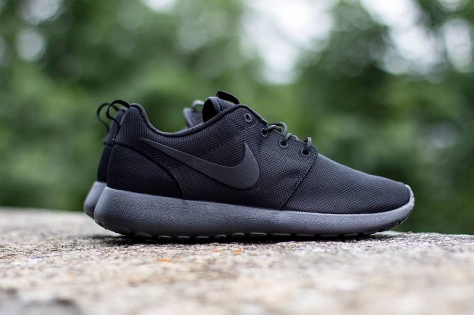 "Image of Nike Roshe Run ""Triple Black"""