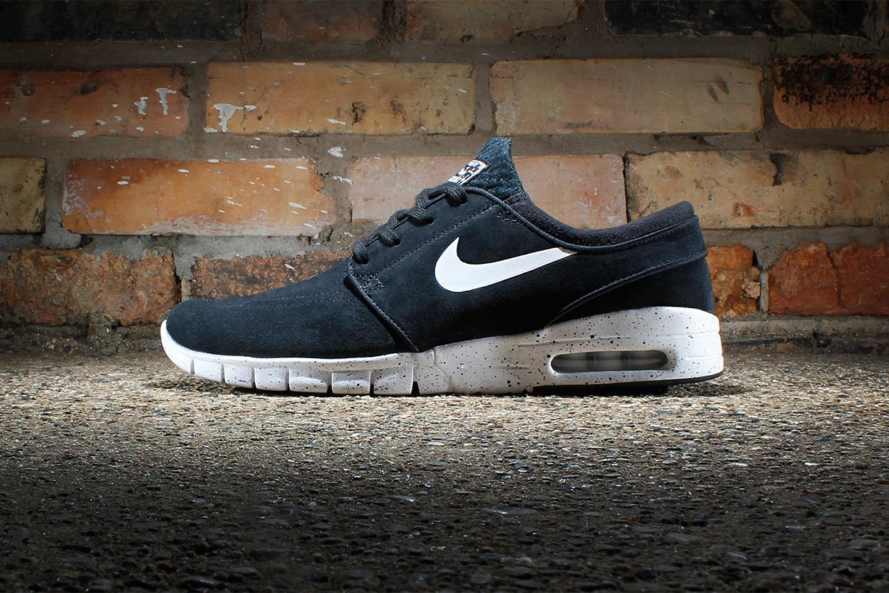 Image of Nike SB Stefan Janoski Max Suede Black/White