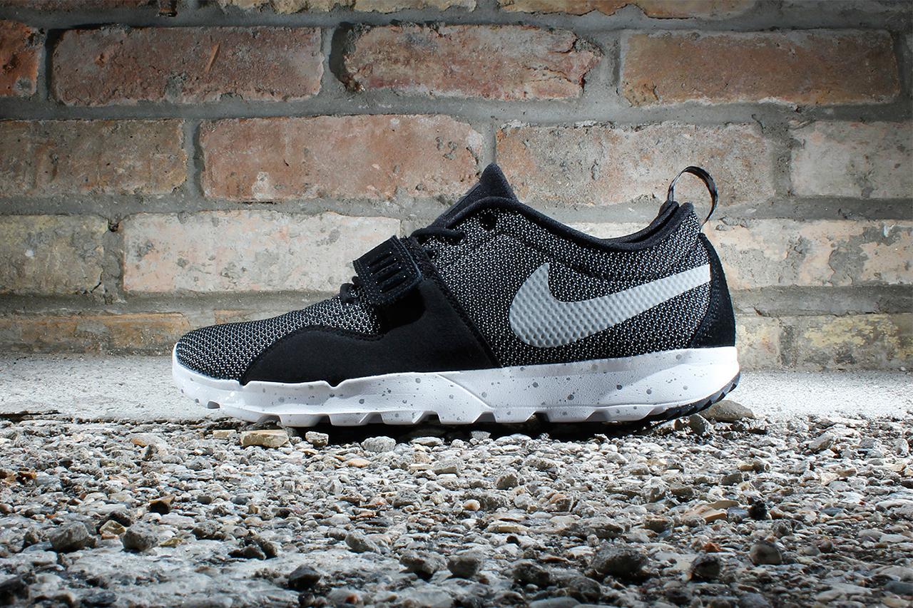 Image of Nike SB Trainerendor Black/White-Metallic Silver