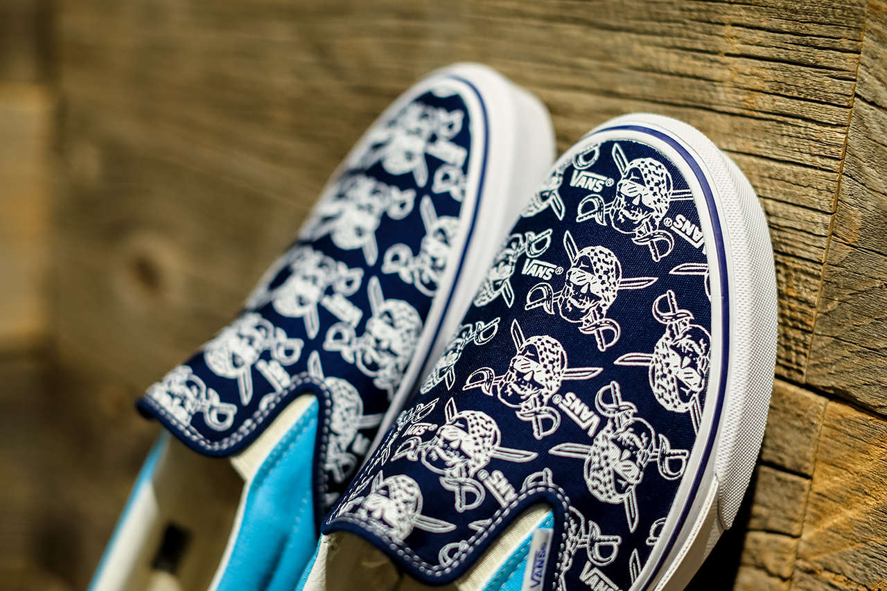 Image of Vans BILLY'S ENT Exclusive V98R PIRATES