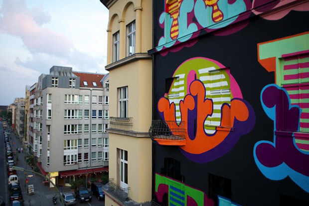 Image of Ben Eine Paints Mural in Berlin for Project M/5