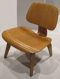 How a Medical Leg Splint Shaped the Iconic Eames Chairs