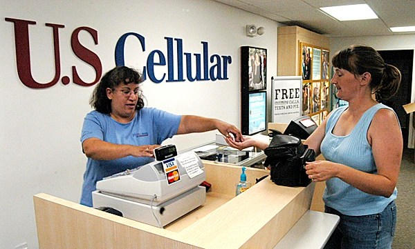 US Cellular shipping pre-ordered Samsung Galaxy S III units