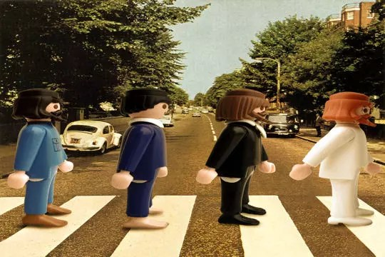 Salon Jardin Original Les Beatles Version Playmobil Par Richard Unglik : La Vie