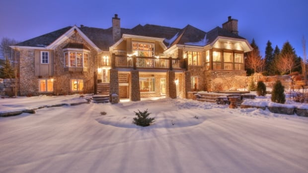 The Property Is A Minute Drive From The Edge Of Calgary Sotheby S