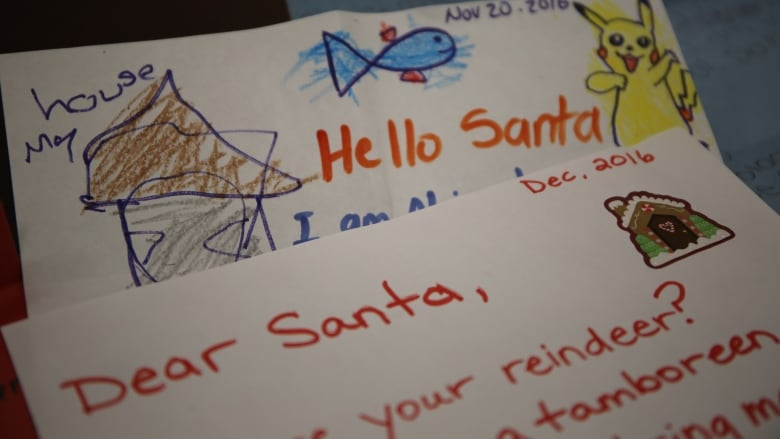 Canada Post handling thousands of kids\u0027 letters to Santa CBC News