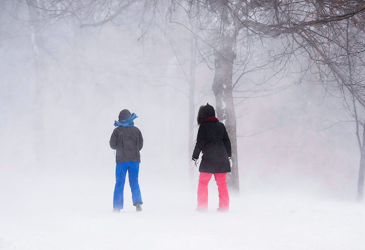 Montreal Weather Brace Yourselves Snow Is Coming To Parts Of Southern Quebec Cbc