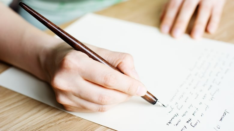 Handwritten letters spark \u0027element of joy\u0027 in digital age, as Regina