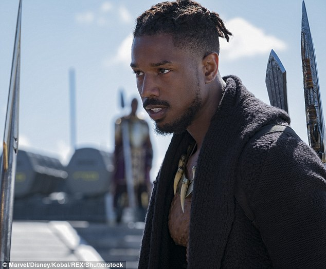 Girl Watching Stars Wallpaper Michael B Jordan Offers To Pay To Replace Fan S Retainer