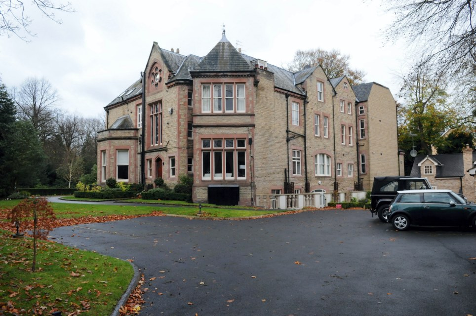 Unveiled britain s first 163 2m underground mansion designed